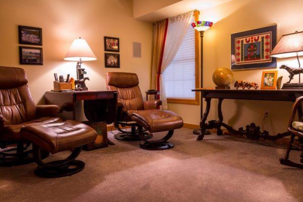 Möödunud sajandi üks olulisemaid disainiikoone - Eames Lounge tool